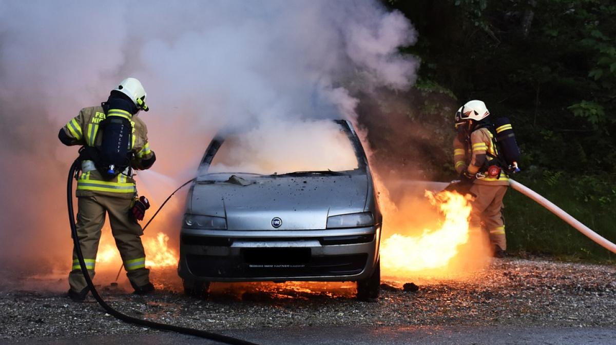 Нюансы экспертизы пожаров в автомобилях
